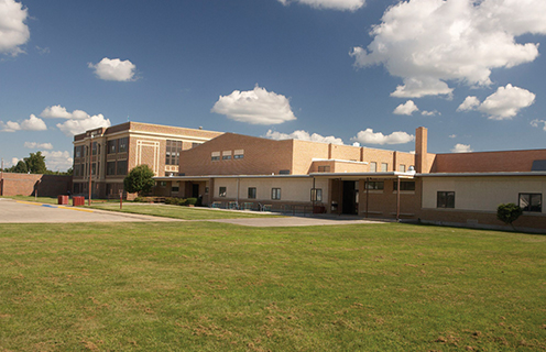 Image of school in St. Paul, Nebraska.