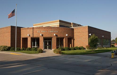 Image of a library in St. Paul, Nebraska.